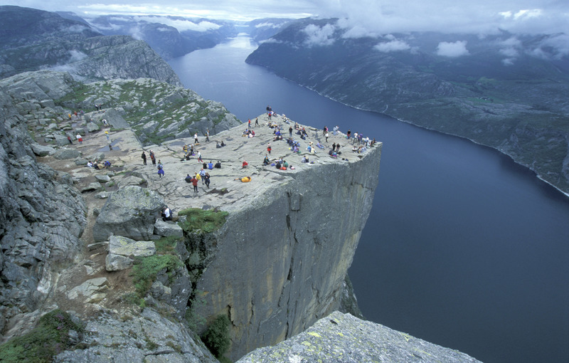 Preikestolen-in-Stavanger-Pulpit-Rock-062003-99-1083-800